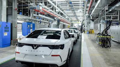 """Tiếp tục """"xóa"""" thuế nhập khẩu linh kiện, viết tiếp giấc mơ ô tô Việt"""