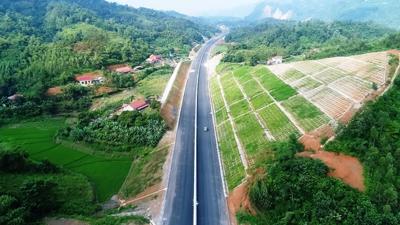 """""""Xé rào"""" phát triển cao tốc, Bộ Giao thông vận tải đề xuất 4 chính sách đặc thù"""
