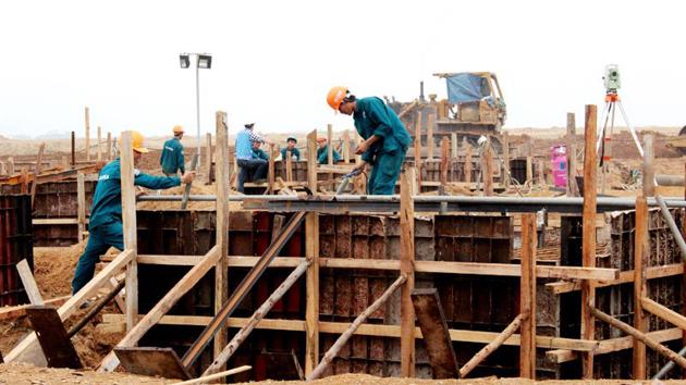 Đề xuất lập Tổ công tác đặc biệt của Chính phủ tháo gỡ khó khăn các dự án đầu tư