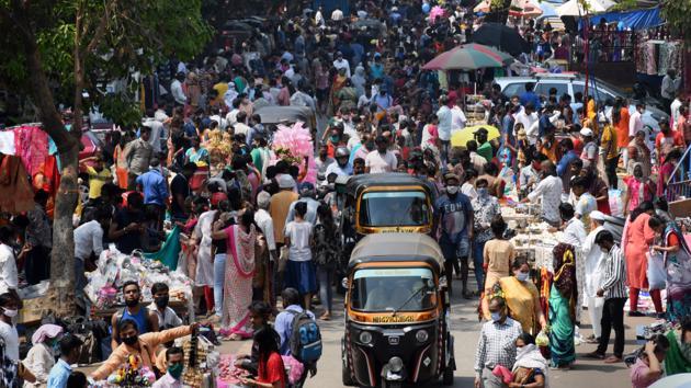Viện phí 2.500 USD/đêm, người Ấn Độ sẵn sàng tháo chạy khỏi đất nước