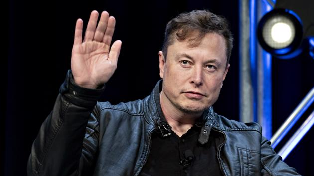 """Elon Musk liên tục """"ra đòn"""", giá Bitcoin sụt hơn 20% trong 1 tuần"""