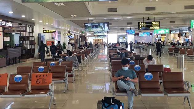 Từ 1/6: Tạm dừng nhập cảnh hành khách tại sân bay Nội Bài