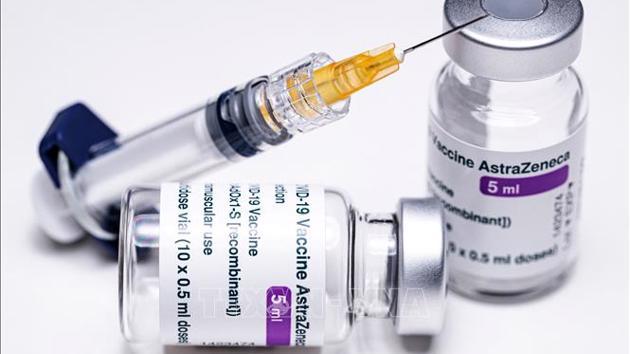 Bộ Y tế phân bổ hơn 288 nghìn liều vaccine AstraZeneca cho các tỉnh, thành phố đang có dịch