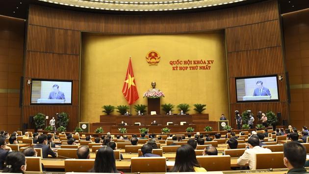 Quốc hội thông qua cơ chế đặc biệt cho Chính phủ và Thủ tướng để phòng, chống dịch Covid-19