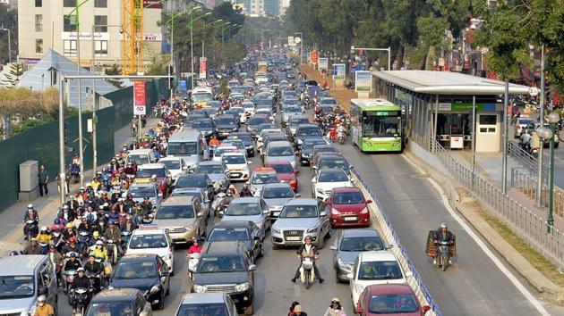 """Tuyến buýt nhanh BRT ngàn tỷ: """"Ném tiền qua cửa sổ"""" đầu tư để chạy bằng... buýt thường"""
