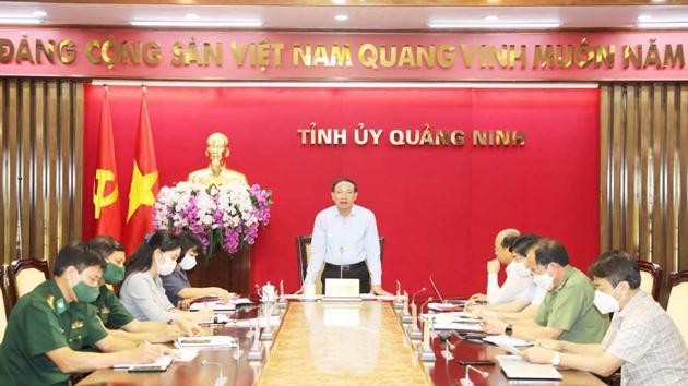 Quảng Ninh phấn đấu đến 20/9 hoàn thành tiêm vaccine Covid-19 mũi 1 cho người dân