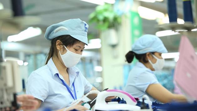 Hỗ trợ tiền mặt từ quỹ Bảo hiểm thất nghiệp cho lao động khó khăn vì Covid-19