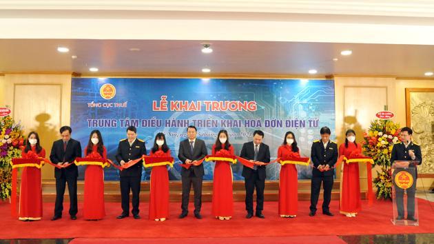 Ra mắt Trung tâm điều hành triển khai hóa đơn điện tử ngành thuế