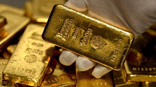 Giá vàng vọt hơn 100.000 đồng/lượng, USD tự do lao dốc mạnh - giá vàng