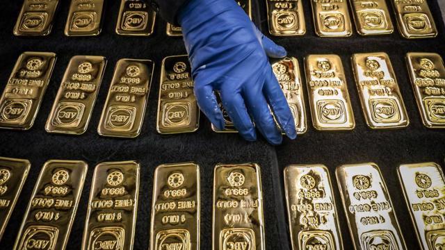 Giá vàng thế giới tăng vọt qua ngưỡng 1.800 USD/oz, cao nhất từ tháng 2 - giá vàng