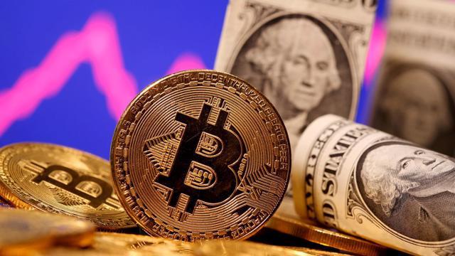 """Elon Musk bất ngờ """"quay ngoắt"""", khiến giá Bitcoin giảm chóng mặt"""