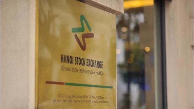 HNX: Tổ chức thành công phiên đấu thầu mua lại đầu tiên trái phiếu Chính phủ có kỳ hạn