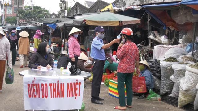 Bộ Công Thương phối hợp với Bộ Y tế hướng dẫn phòng chống dịch bệnh tại các chợ truyền thống