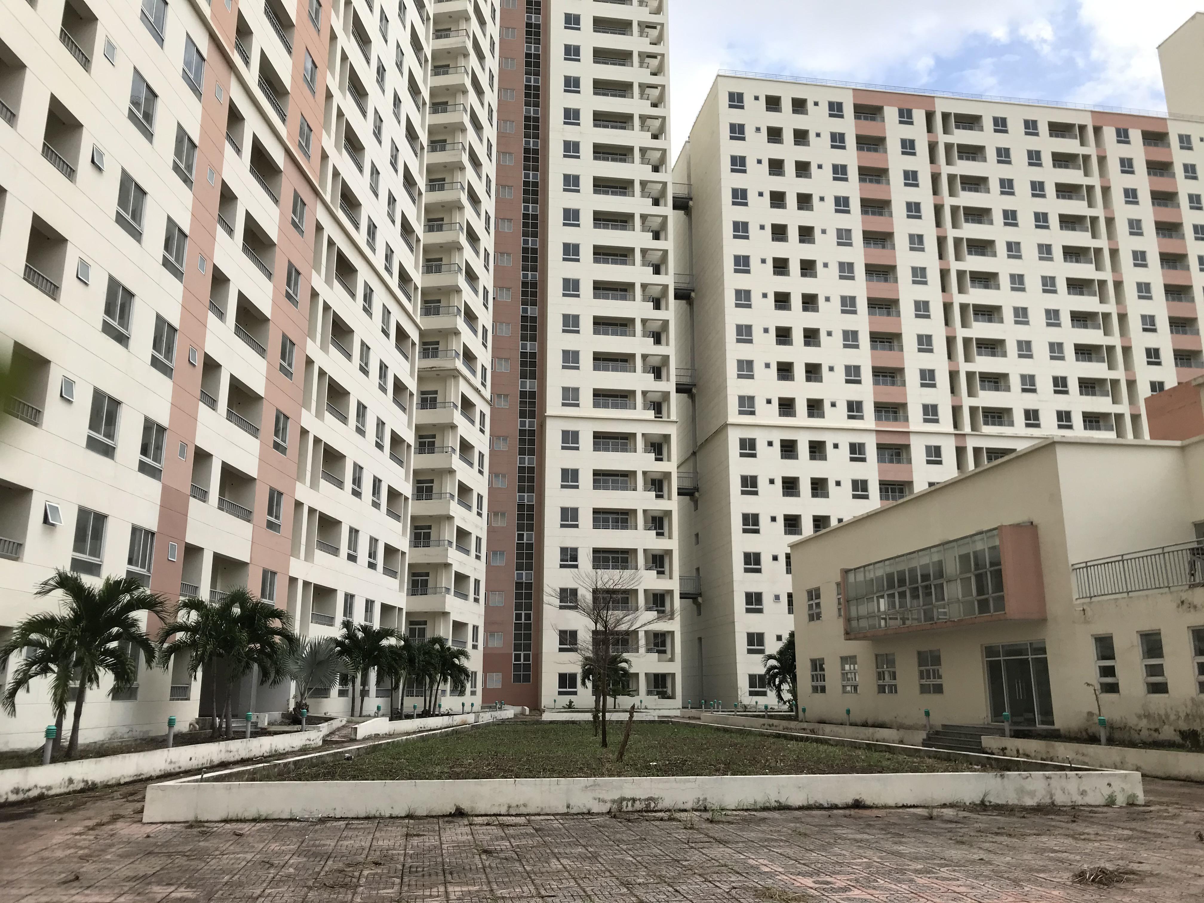 Bên trong Khu tái định cư Bình Khánh, quận 2, Tp.Thủ Đức, Tp.HCM - Ảnh: BM.
