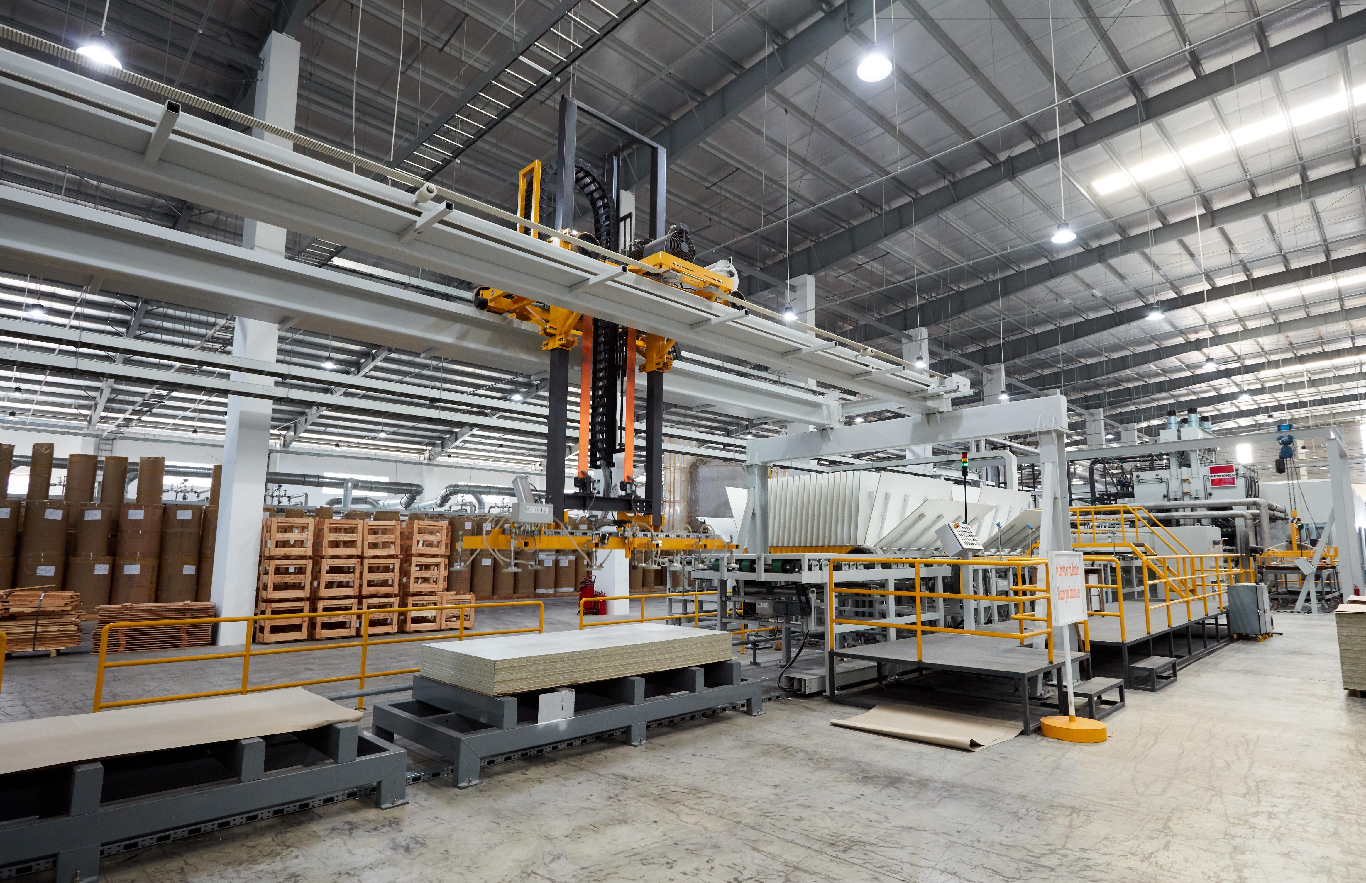 An Cường đầu tư nhà máy theo công nghệ hiện đại lên đến hàng trăm triệu USD.