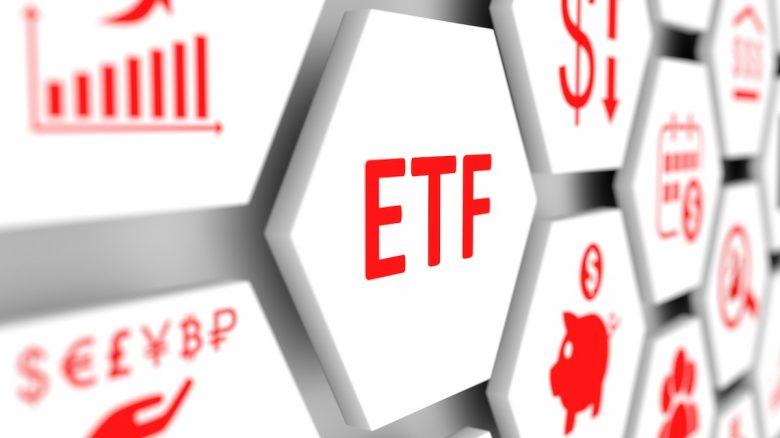 Sự khác biệt giữa Quỹ ETF và Quỹ tương hỗ là gì? ETF nào là tốt nhất?