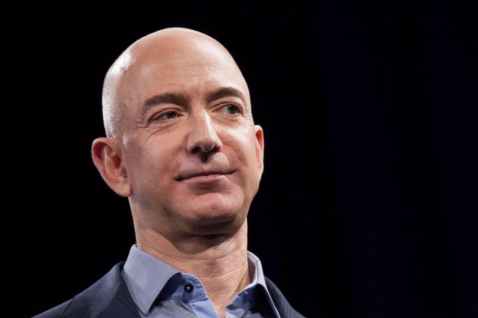 """Jeff Bezos: Cân bằng công việc và cuộc sống là """"cách nói làm con người yếu đuối"""" - Nhịp sống kinh tế Việt Nam & Thế giới"""