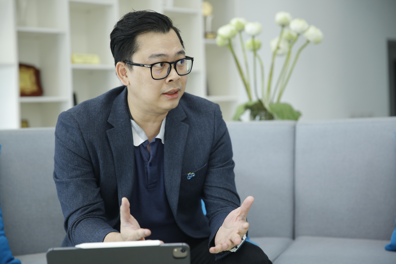 """Ông Lương Tuấn Thành - Giám đốc Công nghệ Tập đoàn CMC: """"Doanh nghiệp cần xác định năng lực và nguồn lực hiện tại và hiểu con người của mình. Chuyển đổi số đòi hỏi quyết tâm lớn từ lãnh đạo doanh nghiệp đến từng người lao động."""""""