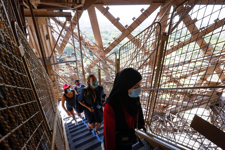 Du khách sẽ được vào tất cả các điểm thăm quan trong khuôn viên Tháp, ngoại trừ một số khu vực đang được cải tạo.