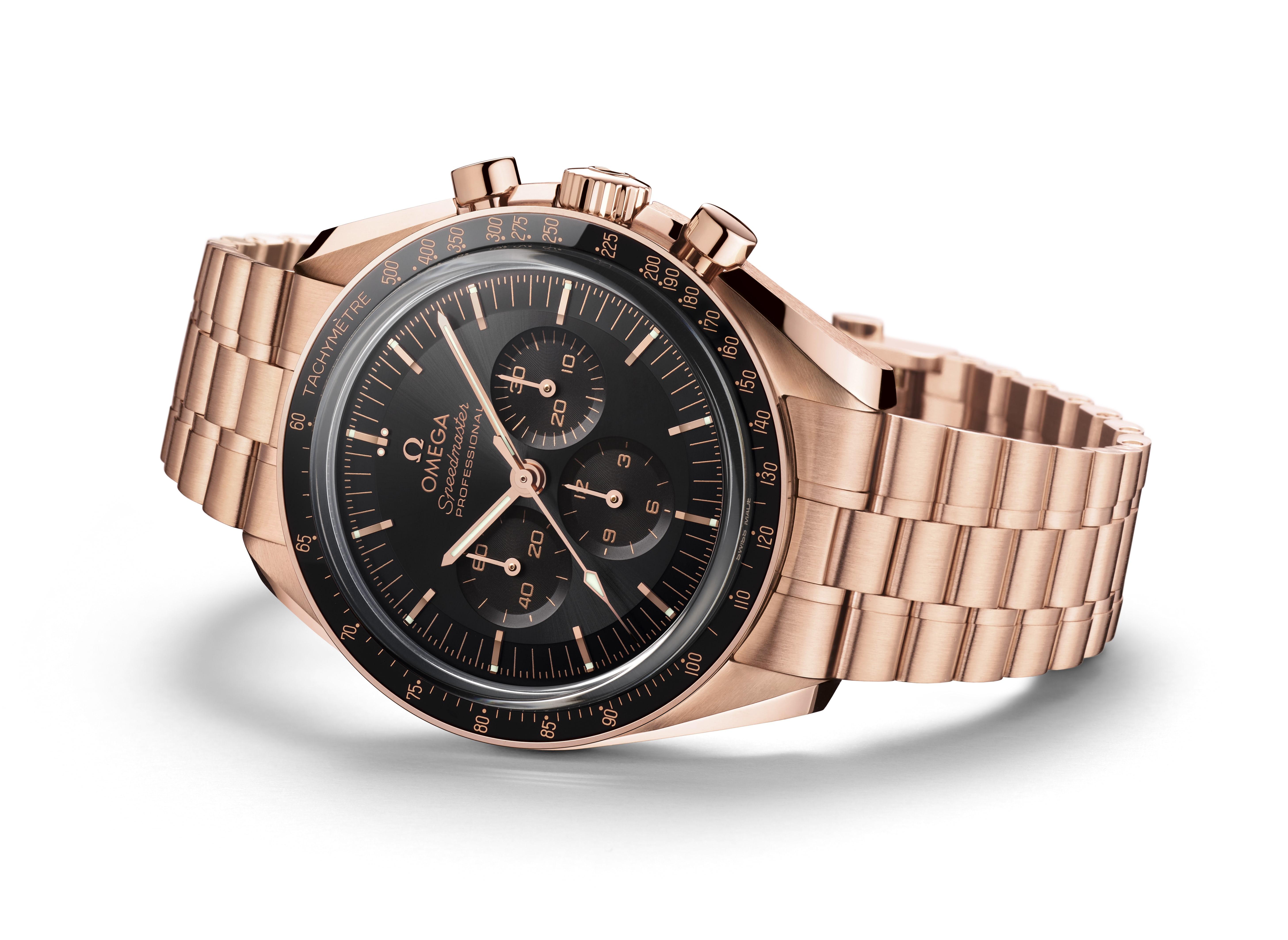 Cận cảnh chiếc đồng hồ theo tỷ phú Jeff Bezos bay lên rìa vũ trụ - Ảnh 6