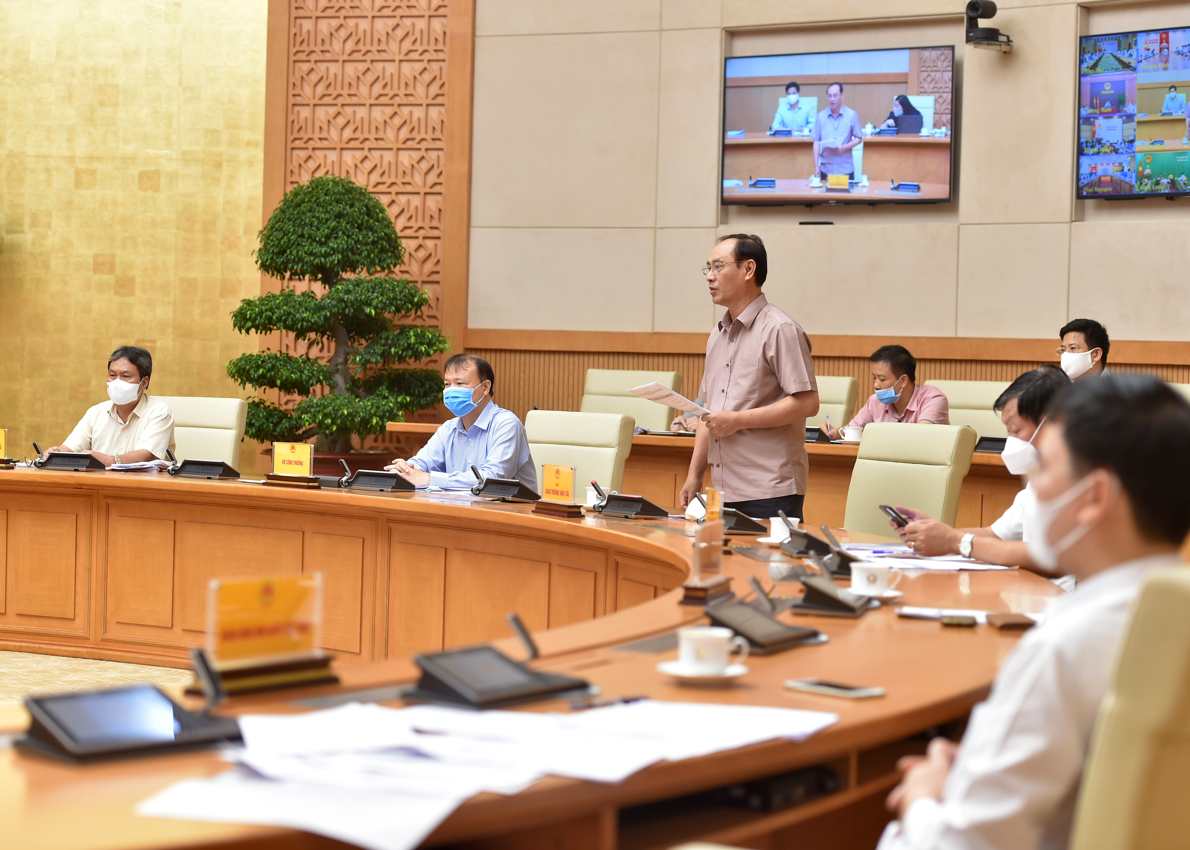 Thứ trưởng Bộ Giao thông vận tải Lê Đình Thọ cho biết, hiện lưu không hàng hóa không có vướng mắc lớn - Ảnh: VGP/Đức Tuân