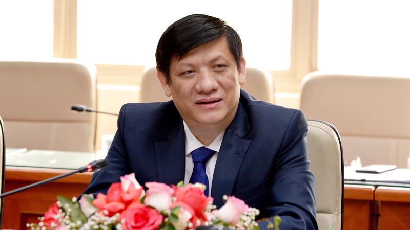 Bộ trưởng Bộ Y tế Nguyễn Thanh Long làm việc với các tổ chức quốc tế, các đại sứ về vấn đề vaccine ngày 1/4. Ảnh - Trần Minh.