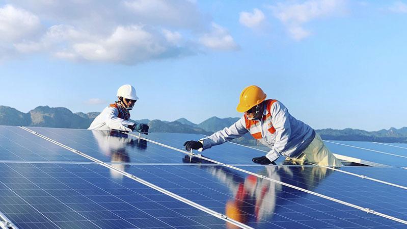 Chính sách khuyến khích đầu tư làm bùng nổ các dự án năng lượng mặt trời.