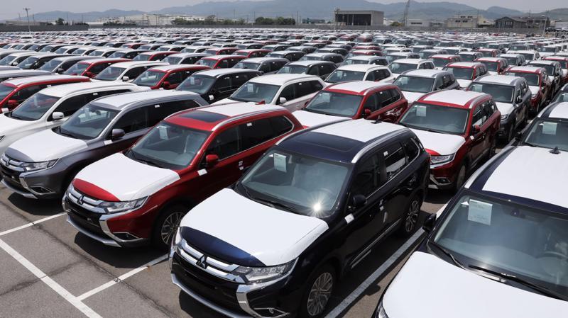 Giới kinh doanh ô tô cũng nhận định, sau giai đoạn kìm nén kéo dài, thị trường ô tô cũng sẽ đến lúc phải bung sức trở lại.