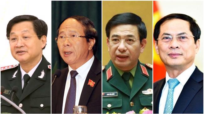 Từ trái sang phải: Phó Thủ tướng Lê Minh Khái, Phó Thủ tướng Lê Văn Thành, Bộ trưởng Bộ Quốc phòng Phan Văn Giang và Bộ trưởng Bộ Ngoại giao Bùi Thanh Sơn - Ảnh: VTV