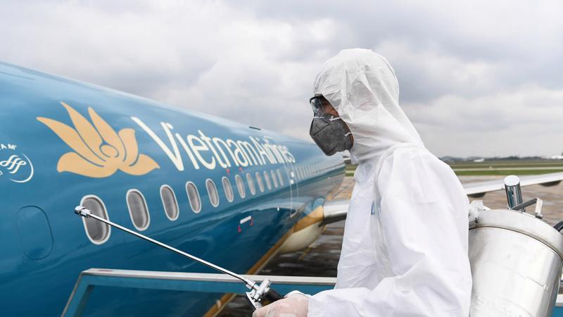 Ngày 27/3, Thủ tướng Chính phủ đã ký quyết định tái cấp vốn 4.000 tỷ USD cho khoản vay của Vietnam Airlines - Ảnh: Bloomberg