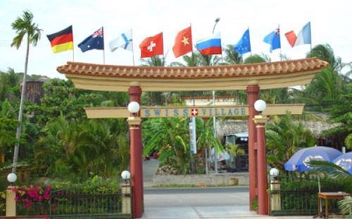 Đứng đơn kiện UBND tỉnh Bình Thuận là Công ty TNHH Làng Thụy Sỹ (100% vốn nước ngoài).