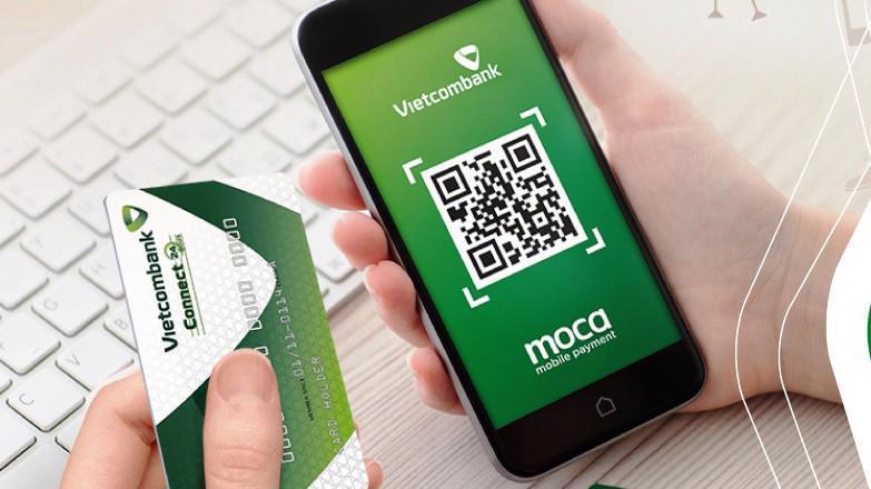 Với công nghệ này, khách hàng Vietcombank có thêm tiện ích chuyển tiền cá nhân trong hệ thống, thanh toán gần 150 website bán hàng online hoặc thanh toán tại hơn 600 điểm bán offline của các nhà cung cấp hàng hóa/dịch vụ có chấp nhận mã QR code.