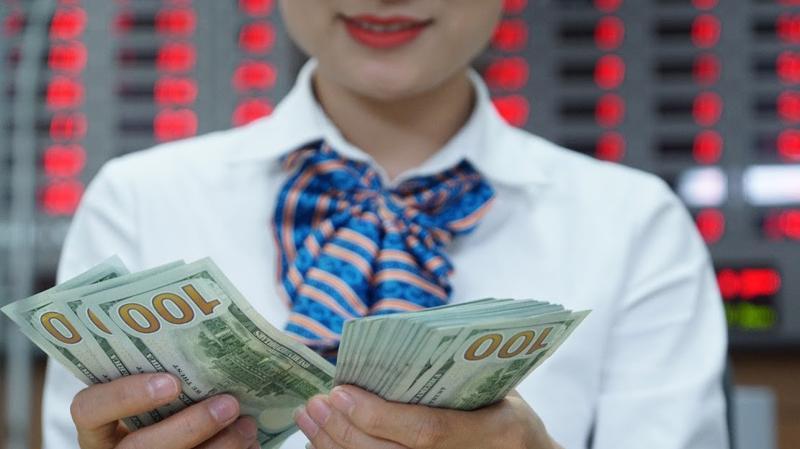 Với các kế hoạch đang từng bước triển khai, dự kiến thị trường chứng khoán Việt Nam sẽ sớm tiếp tục đón những thương vụ tỷ đô - Ảnh: Quang Phúc.