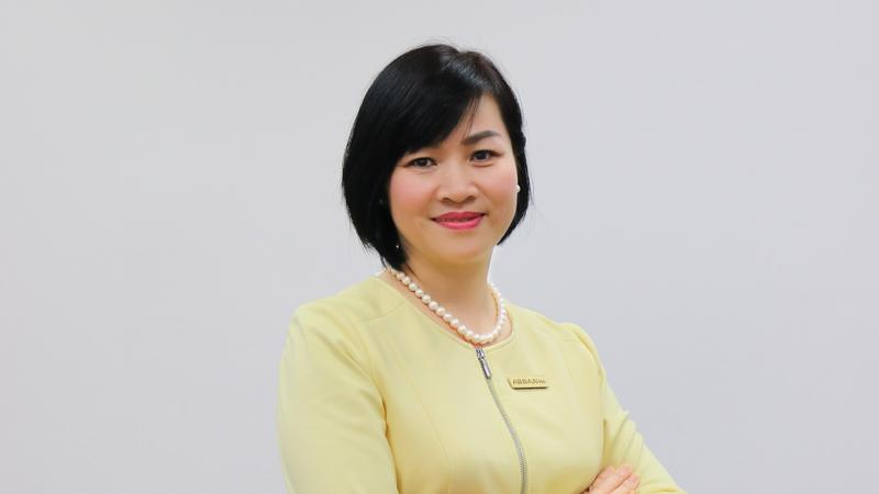 Bà Dương Thị Mai Hoa từng đảm nhiệm các vị trí lãnh đạo cao cấp tại Maritime Bank, VIB.