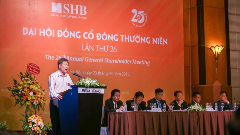Tại đại hội đồng cổ đông cuối tháng 4 vừa qua, SHB cho biết sẽ xin ý kiến cổ đông để phát hành cổ phiếu tăng vốn điều lệ nếu thị trường thuận lợi.