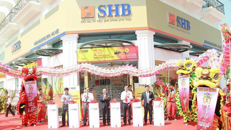 Lễ khai trương chi nhánh SHB Nam Định.