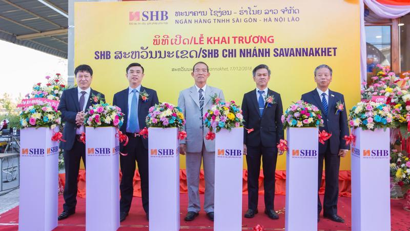 Lễ khai trương đi vào hoạt động chi nhánh SHB Savannakhet.