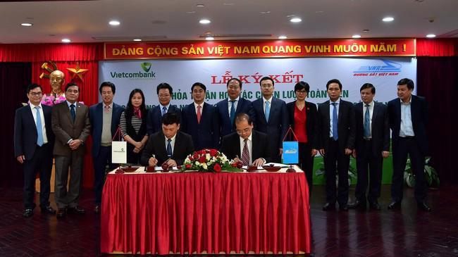 Lễ ký thỏa thuận hợp tác chiến lược toàn diện giữa Vietcombank với VNR.