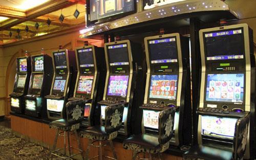 Máy trò chơi có thưởng tại&nbsp; câu lạc bộ Palazzo, nằm trong khách sạn Sheraton Sài Gòn.<br>