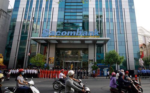 Lợi nhuận lũy kế 7 tháng đầu năm 2017 của Sacombank đạt 586 tỷ đồng (lợi nhuận hợp nhất là 753 tỷ đồng), đạt 129% kế hoạch.