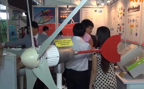 Một số sản phẩm công nghệ cao của Hàn Quốc tại Entech 2013 - Ảnh: Aving.