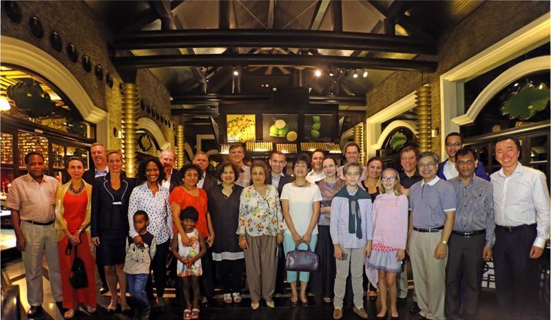 Được thành lập tháng 6/2015, Câu lạc bộ Đại sứ ẩm thực bao gồm đại sứ các nước: Mỹ, Úc, Pháp, Thụy Điển, Bỉ, Czech, Ba Lan, Ukraine, Ấn Độ, Sri Lanka, Mexico, Morocco, Mozambique và Việt Nam.
