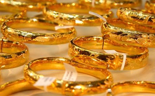 Theo Nghị định 24 thì việc kinh doanh vàng trang sức, mỹ nghệ phải đăng ký dưới hình thức doanh nghiệp.