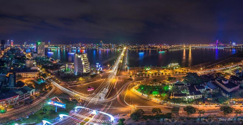 Theo quy hoạch phát triển không gian đô thị Đà Nẵng đến năm 2020, tầm nhìn 2030, khu vực cũ sẽ là trung tâm lịch sử, chính trị, văn hóa truyền thống. Còn địa bàn phía Nam, với chủ trương phát triển đô thị sinh thái, được coi là nơi an cư lý tưởng đối với các cư dân thành phố biển. <br>