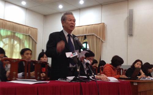 Ông Phạm Xuân Hằng, nguyên Phó chủ tịch Ủy ban Trung ương Mặt trận Tổ quốc Việt Nam, phát biểu tại hội nghị do Ủy ban Trung ương Mặt trận Tổ quốc Việt Nam tổ chức ngày 19/2.<br>