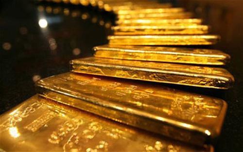 Cuối tuần này, muộn nhất là đầu tuần sau, các dự thảo về cách thức Ngân  hàng Nhà nước tham gia thị trường sẽ được công bố. Có hai cách, mua bán  vàng vật chất trực tiếp, hoặc thông qua đấu thầu.