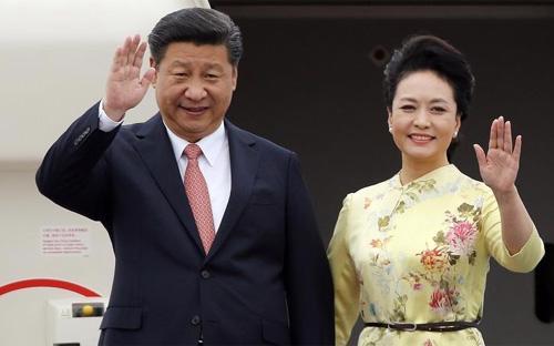 Đây là chuyến thăm Việt Nam đầu tiên của ông Tập Cận Bình trên cương vị Tổng bí thư, Chủ tịch Trung Quốc, và cũng là chuyến thăm Việt Nam của Chủ tịch nước Trung Quốc sau gần 10 năm - Ảnh: BBC.