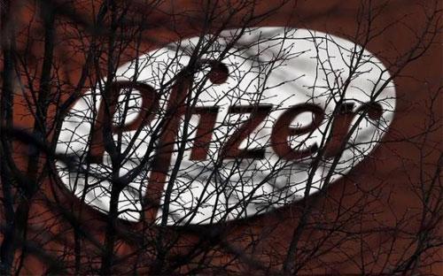 Trước đây, Pfizer cho biết, thuế suất thuế doanh nghiệp của hãng sẽ giảm  xuống mức khoảng 17-18% nếu hãng thâu tóm được Allergen, từ mức khoảng  25% - Ảnh: Reuters.<br>