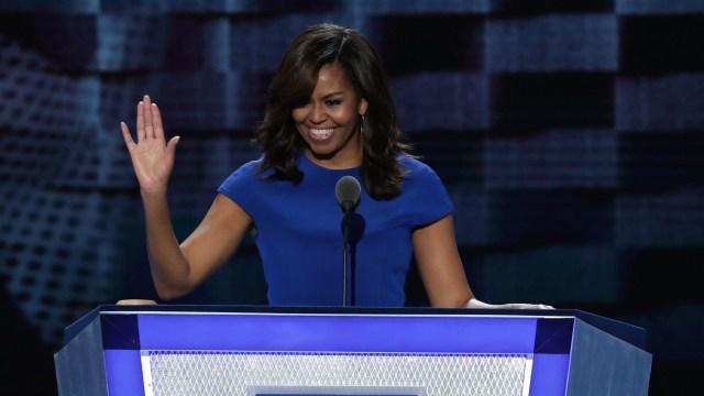 Bà Michelle Obama trong bài phát biểu ngày khai mạc đại hội toàn quốc Đảng Dân chủ ở Philadelphia, Mỹ ngày 25/7 - Ảnh: Getty.<br>