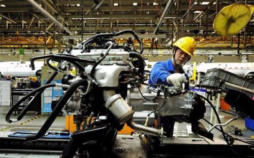 PMI ngành sản xuất của Trung Quốc tăng lên mức 50,2 điểm trong tháng 3, từ mức 49 điểm trong tháng 2 - Ảnh: Reuters.<br>